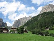 Paesaggi delle montagne delle dolomia, Colfosco, Alta Badia, Italia Fotografia Stock Libera da Diritti