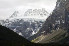 Paesaggi scenici nel parco nazionale di Banff, Alberta, Canada Immagini Stock Libere da Diritti