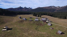 Paesaggio aereo della montagna video d archivio