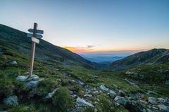 Paesaggio alpino ad alba Fotografie Stock