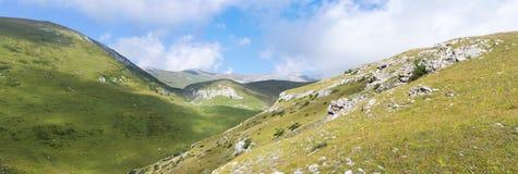 Paesaggio alpino della montagna Fotografie Stock