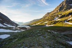 Paesaggio alpino di elevata altitudine al tramonto Fotografia Stock Libera da Diritti