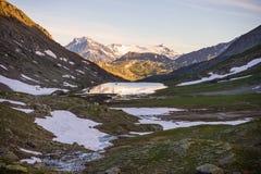 Paesaggio alpino di elevata altitudine al tramonto Immagine Stock Libera da Diritti