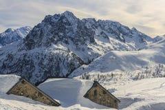 Paesaggio alpino di Snowy Fotografia Stock