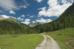 Paesaggio alpino maestoso Fotografia Stock Libera da Diritti