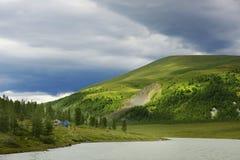 Paesaggio alpino in montagne di Altai, luglio 2016 Immagine Stock