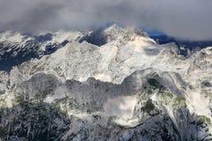 Paesaggio alpino nel parco nazionale di Triglav Julian Alps visto dal picco di Triglav Fotografie Stock Libere da Diritti