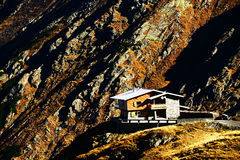 Paesaggio alpino nelle alpi di Transylvanian Immagine Stock