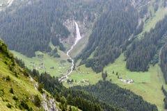 Paesaggio alpino vicino al passaggio di Chiusa nelle alpi svizzere Fotografia Stock Libera da Diritti