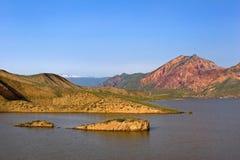 Paesaggio armeno di Azat Reservoir Fotografia Stock