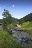 Paesaggio austriaco con le alpi su fondo & su x28; Brenner di Obenberg, Immagini Stock