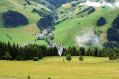 Paesaggio austriaco di estate in montagne delle alpi Fotografie Stock Libere da Diritti