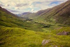 Paesaggio autentico Kyle Glenshiel Hiking Trail degli altopiani della natura fotografie stock libere da diritti