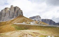 Paesaggio autunnale delle alpi italiane Immagine Stock