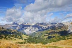 Paesaggio autunnale delle alpi italiane, dolomia Immagini Stock Libere da Diritti