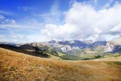 Paesaggio autunnale delle alpi italiane, dolomia Fotografie Stock Libere da Diritti