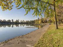 Paesaggio blu Oregon di autunno del parco del lago Fotografia Stock