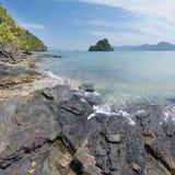 Paesaggio con gli alberi e le isole Fotografie Stock