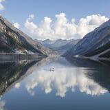 Paesaggio con il lago high Mountain Immagine Stock