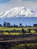 Paesaggio con il vulcano Immagini Stock
