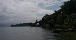 Paesaggio con la costa video d archivio