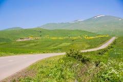 Paesaggio con la strada rurale, Armenia Fotografie Stock Libere da Diritti