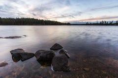Paesaggio con le rocce Fotografie Stock