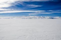 Paesaggio congelato del lago Fotografia Stock