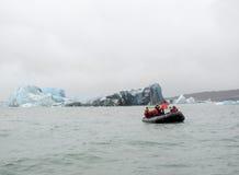 Paesaggio costiero dell'iceberg immagine stock