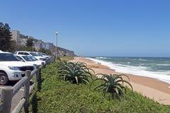 Paesaggio costiero di Umdloti fronte mare nel Sudafrica Fotografia Stock