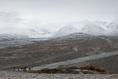 Paesaggio d'Alasca della montagna a prima neve Immagine Stock Libera da Diritti