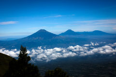 Paesaggio dalla montagna dell'Indonesia Fotografia Stock