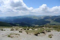 Paesaggio dalle montagne di Bucegi Fotografia Stock
