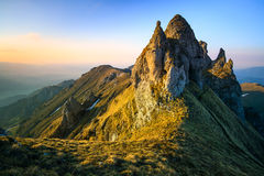 Paesaggio dalle montagne di Bucegi in Romania Immagini Stock Libere da Diritti
