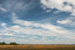 Paesaggio del cielo di estate dell'Ucraina Berdyansk Fotografia Stock