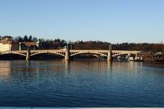 Paesaggio del fiume della Moldava a Praga Fotografie Stock Libere da Diritti