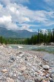 Paesaggio del fiume della montagna Immagini Stock Libere da Diritti