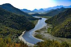 Paesaggio del fiume di Crnojevica nel Montenegro fotografia stock libera da diritti
