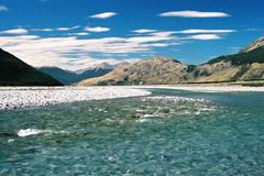 Paesaggio del fiume di estate fotografia stock