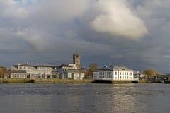 Paesaggio del fiume di Shannon della città del Limerick Fotografia Stock Libera da Diritti