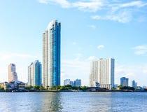 Paesaggio del fiume e della città Immagini Stock Libere da Diritti