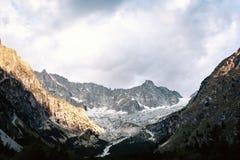 Paesaggio del ghiaccio del ghiacciaio in alpi della Svizzera Fotografia Stock