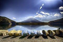 Paesaggio del Giappone con il monte Fuji Fotografia Stock Libera da Diritti