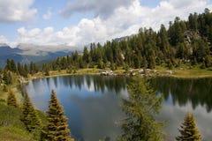Paesaggio del lago Colbricon Fotografia Stock Libera da Diritti
