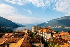 Paesaggio del lago Como, Laghetto di Piona in Italia, alpi, Europa Immagine Stock