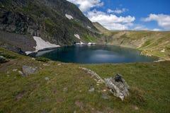 Paesaggio del lago eye, i sette laghi Rila, Bulgaria Immagini Stock Libere da Diritti