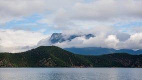 Paesaggio del lago Lugu Fotografia Stock Libera da Diritti
