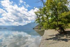 Paesaggio del lago Lugu, Lijiang, Cina immagini stock libere da diritti