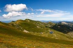 Paesaggio del lago mountain Appennini toscano, Italia Fotografia Stock Libera da Diritti