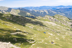Paesaggio del lago mountain Appennini toscano, Italia Immagini Stock